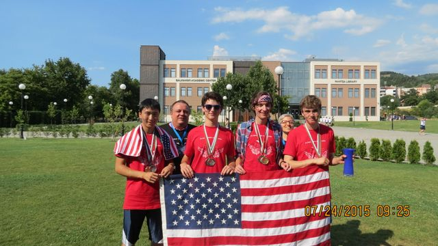Dragomir Radev and Lori Levin with Team USA Red