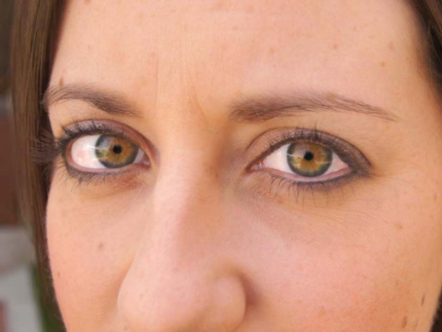 What color are her eyes?