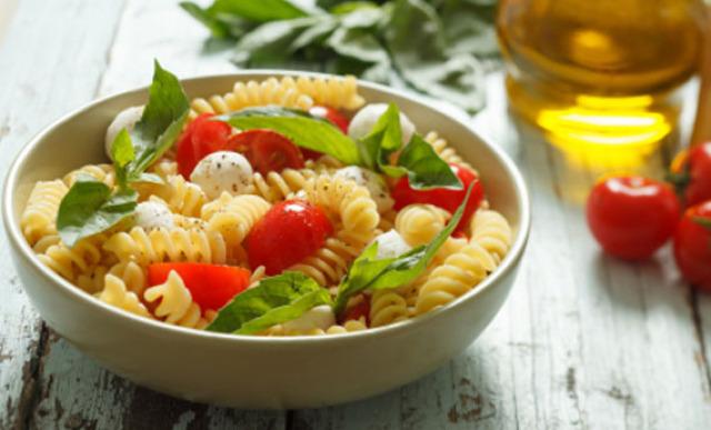 Quanno magni la pasta (anche se fredda) diventi freddo anche tu di riflesso? buon appetito.....?