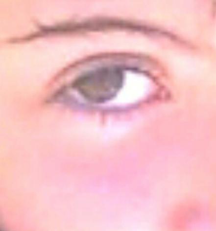 ¿Color de pelo para estos ojos?