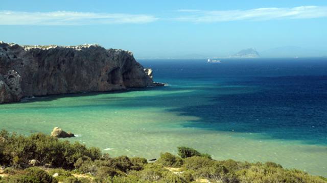 Je préfère passer mes vacances ici. et vous?
