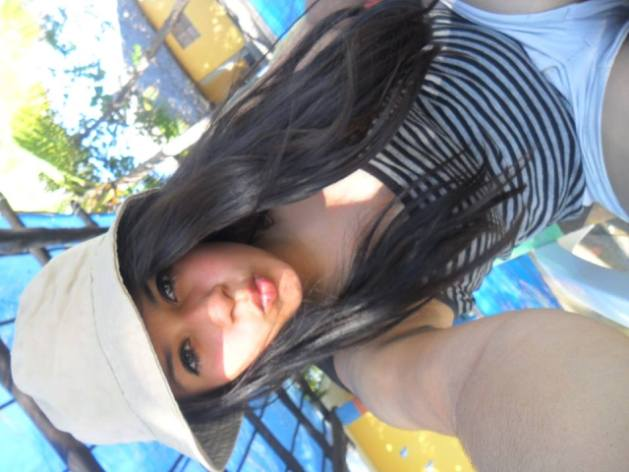"""¿Chicos agregenme <a href=""""http://adf.ly/1HSONL."""" rel=""""nofollow""""class=Clr-b>http://adf.ly/1HSONL.</a> solo chicos :3?"""