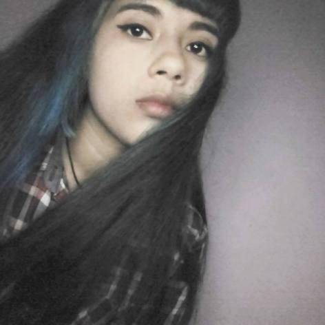 ¿Que opinas de esta chica, te parece guapa o no?