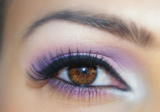 Do you like this eye makeup?