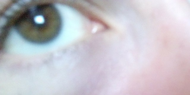 ¿De que color les este ojo segun ustedes?