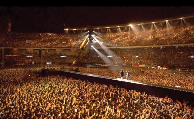 ¿Admiro a Argentina por su pasión por el Rock!AC/CD River Plate Bakán!!!!!lMe emocioné mucho con este recital.Los felicito.?