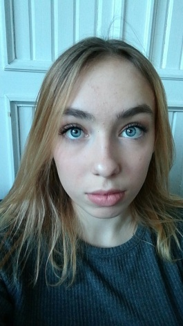Should a 16 year old be allowed to wear makeup?