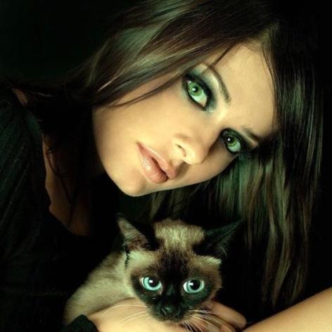 ¿Te gustan los ojos verdes ?
