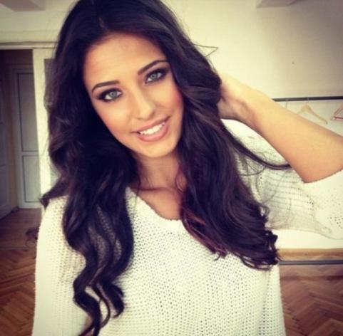 Do you think she's beautiful?
