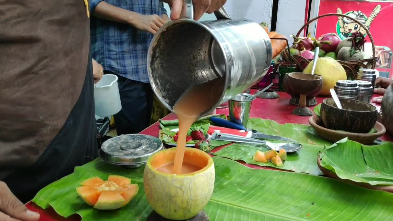 Eat Raja is India's first-ever zero waste juice bar