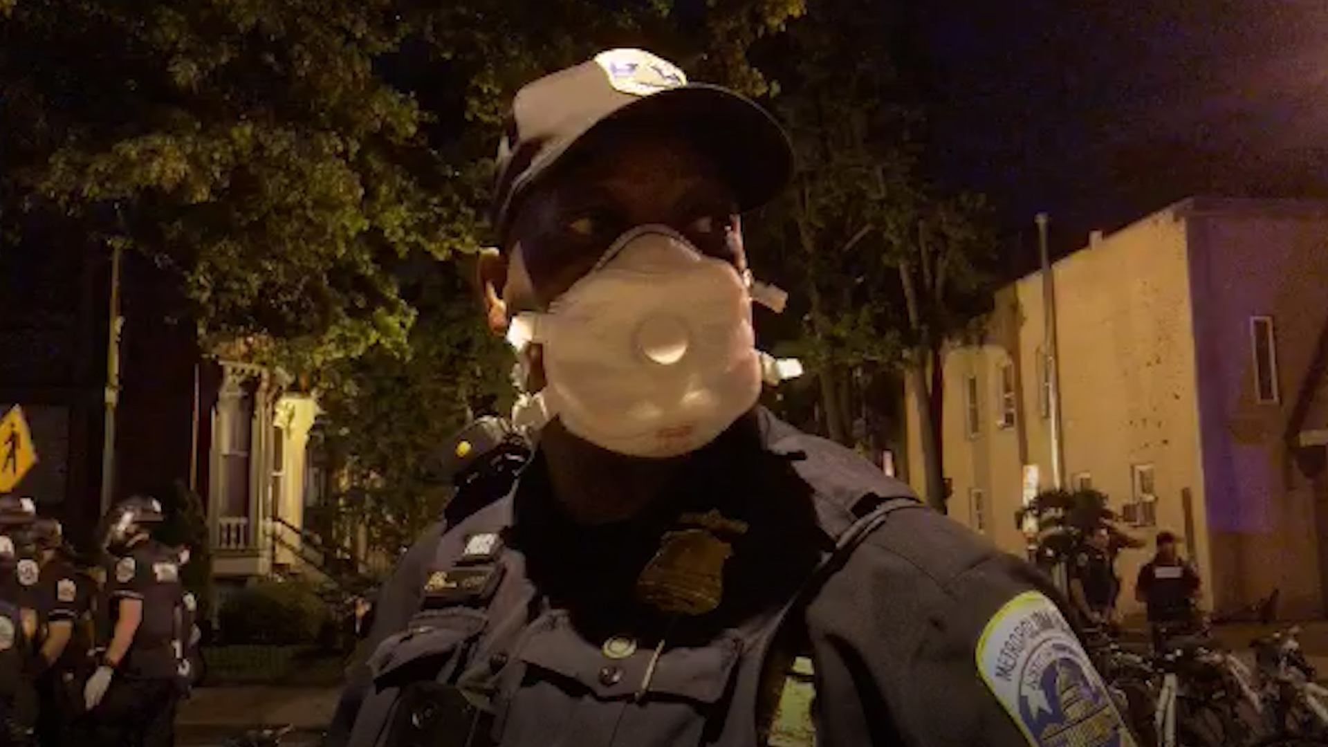 D.C. police officer to protesters: If I didnt think change was possible, I would just give up