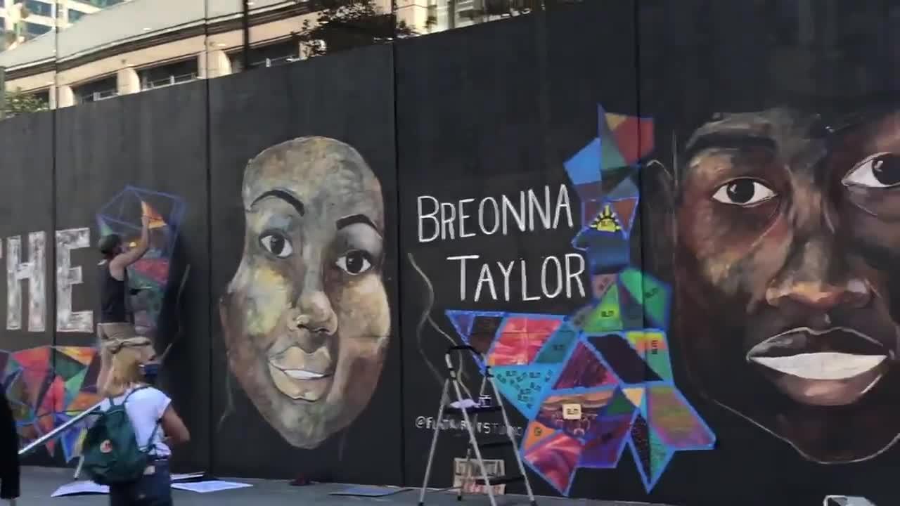Artists Create Black Lives Matter Mural Outside Apple Store In Portland Video