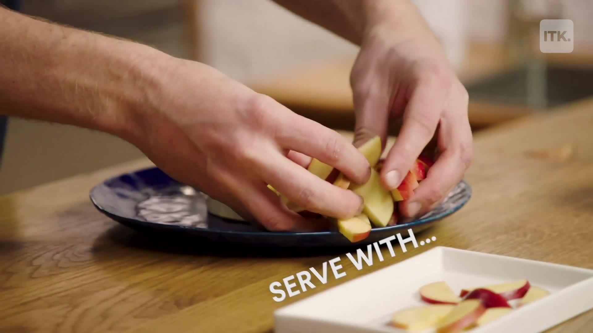 4ingredient garlic baked brie