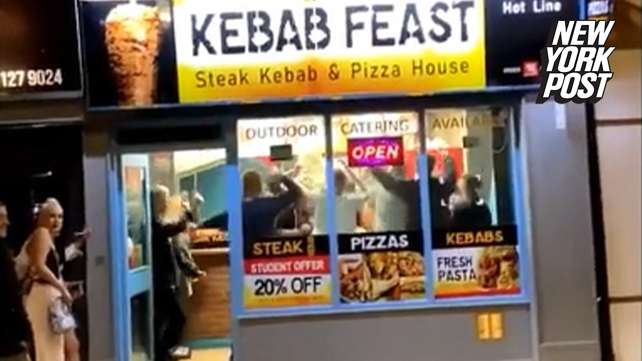 Kebob And Kurry Richardson Christmas Day 2020 Party animals caught 'gyro' rating inside kebab place