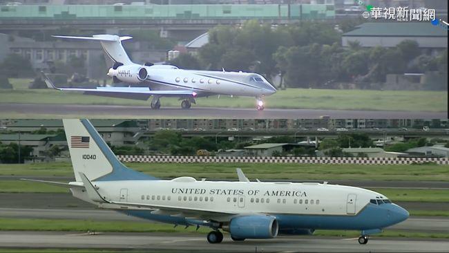 美中緊張? 柯拉克低調搭C-37A來台
