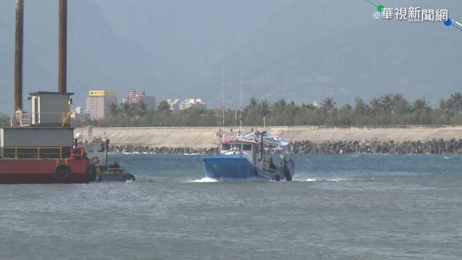 颱風環流掀巨浪 綠島.蘭嶼船班明停航