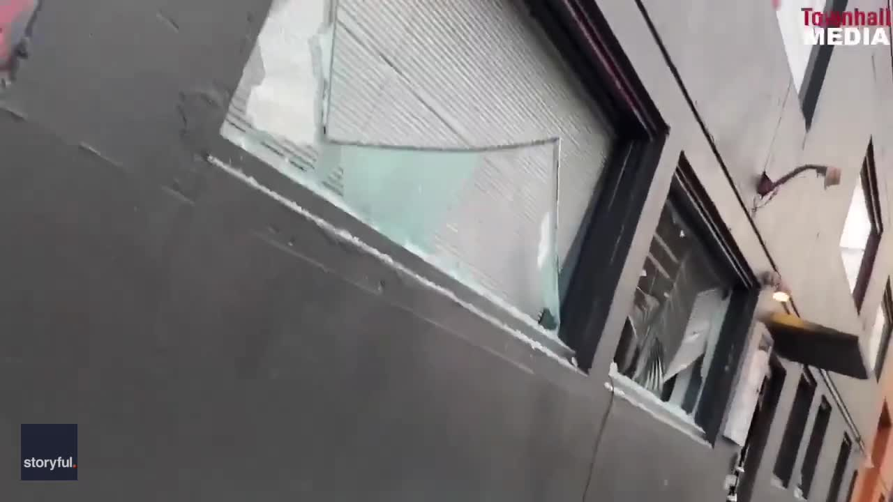 Protesters Vandalize Democratic Party Headquarters in Portland