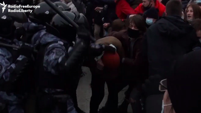 Hundreds Arrested in Moscow Amid Violent Crackdowns on Opposition Protests