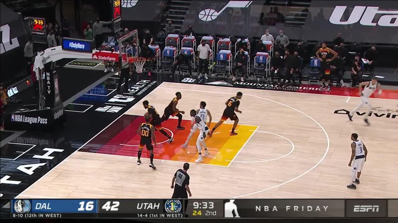 Tim Hardaway Jr With An Assist Vs The Utah Jazz