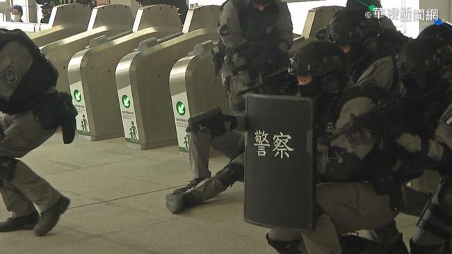 中捷通車在即 模擬反恐演練超逼真
