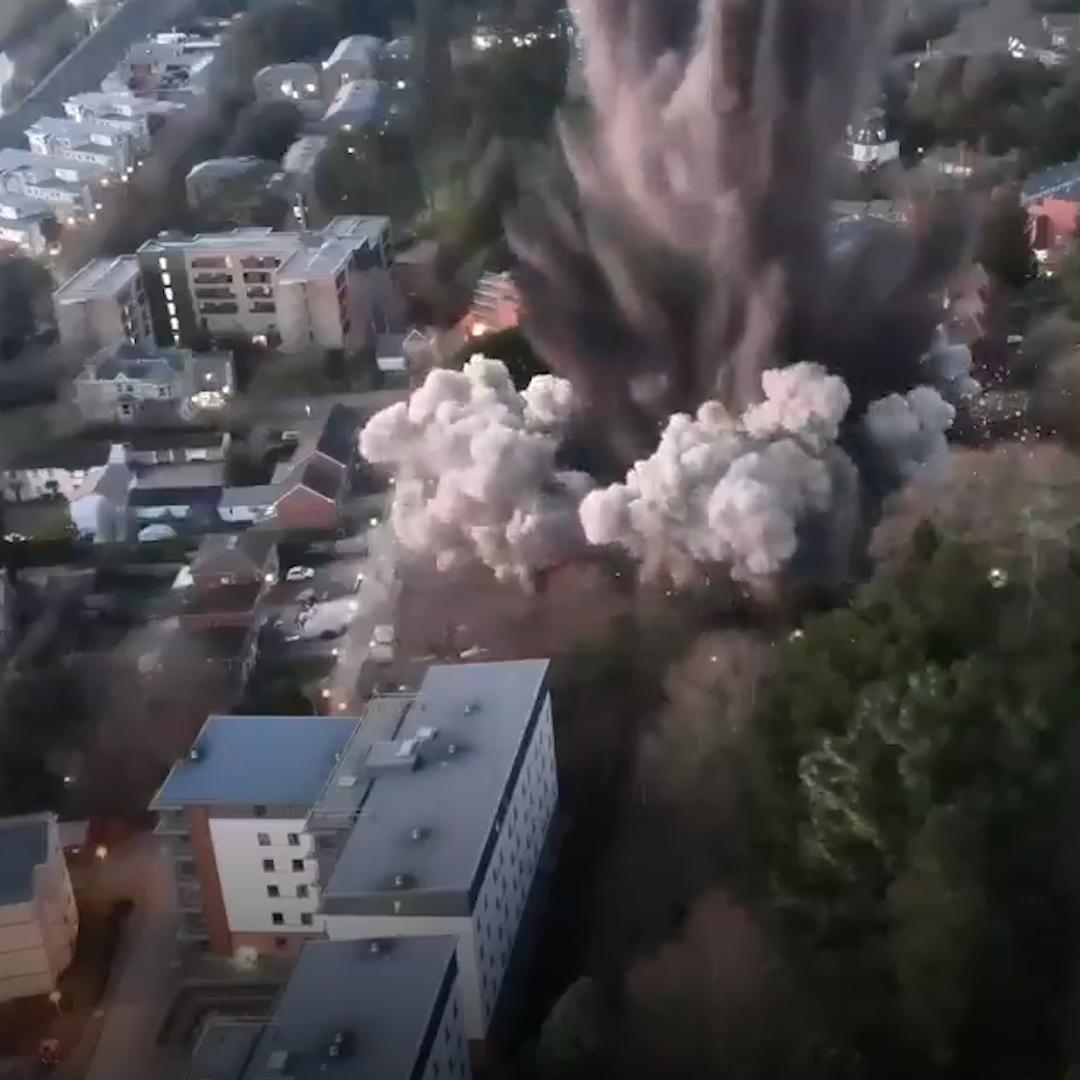 news.yahoo.com: 2,000-pound World War 2 bomb intentionally detonated in England