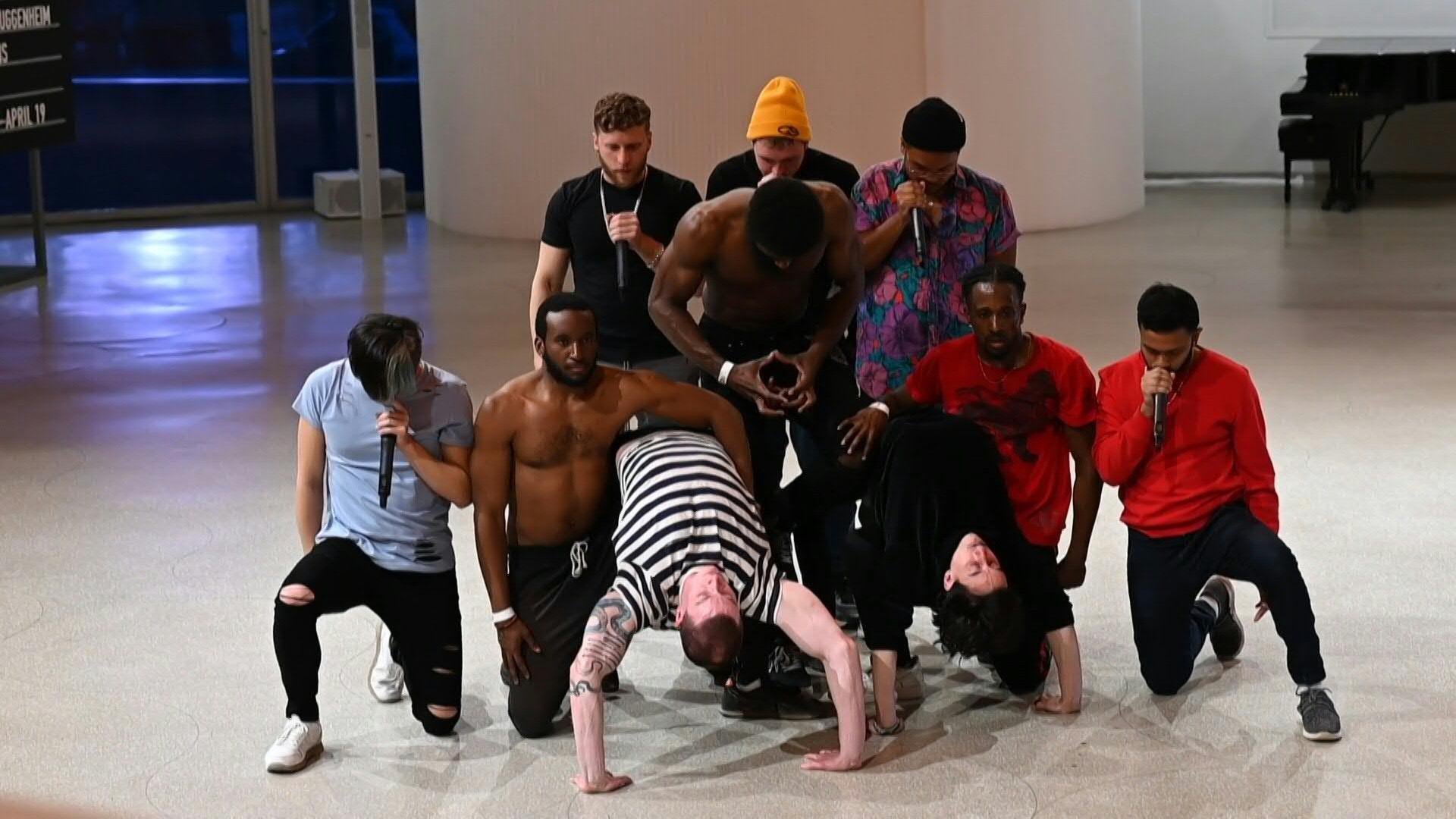 news.yahoo.com: New York's Guggenheim Museum hosts pop-up hip hop performance