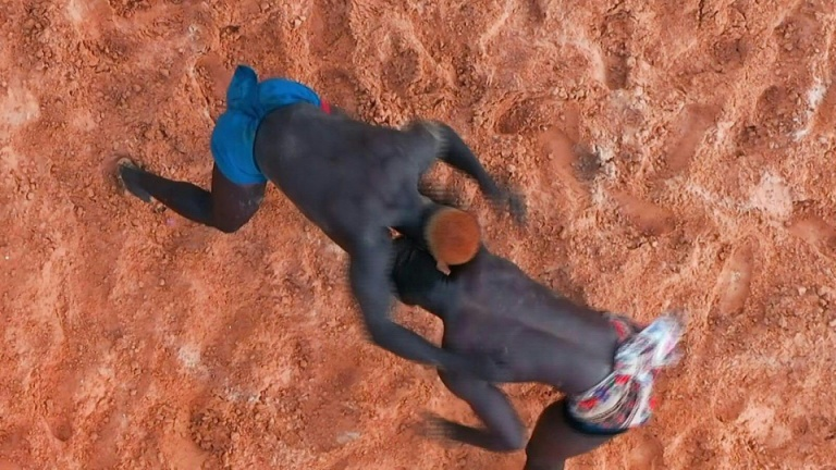 Image Wrestling makes a comeback in Senegal after yearlong wait