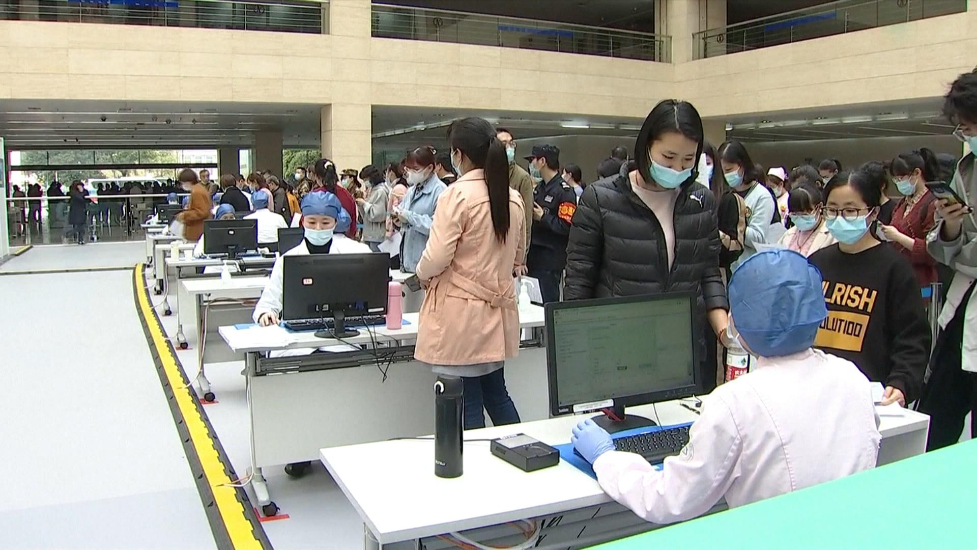 北京疫苗令! 官員以「高血壓」拒打 專家:大規模接種恐滅口