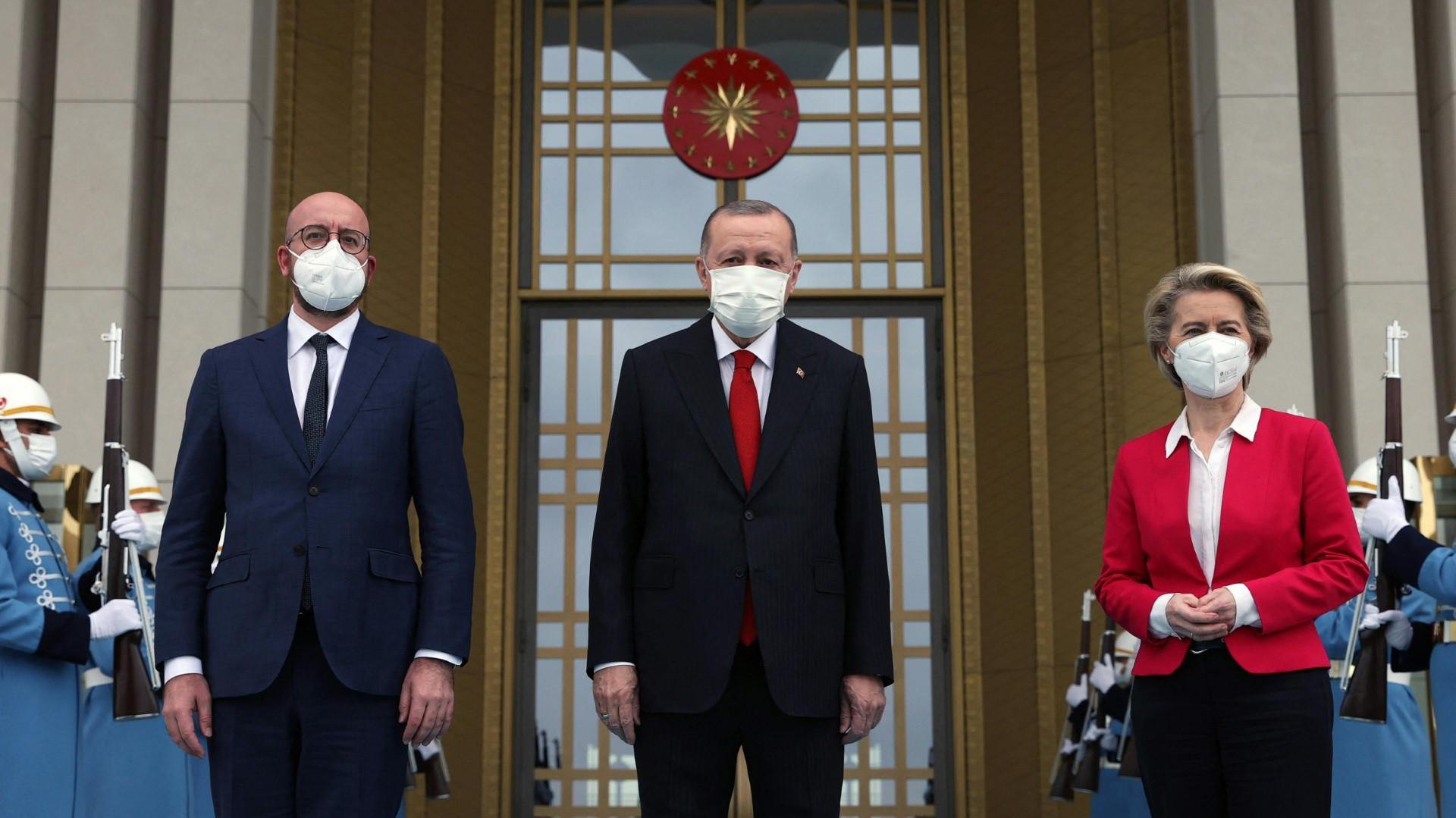 EU-Spitzen verlangen von Erdogan Achtung von Grundrechten