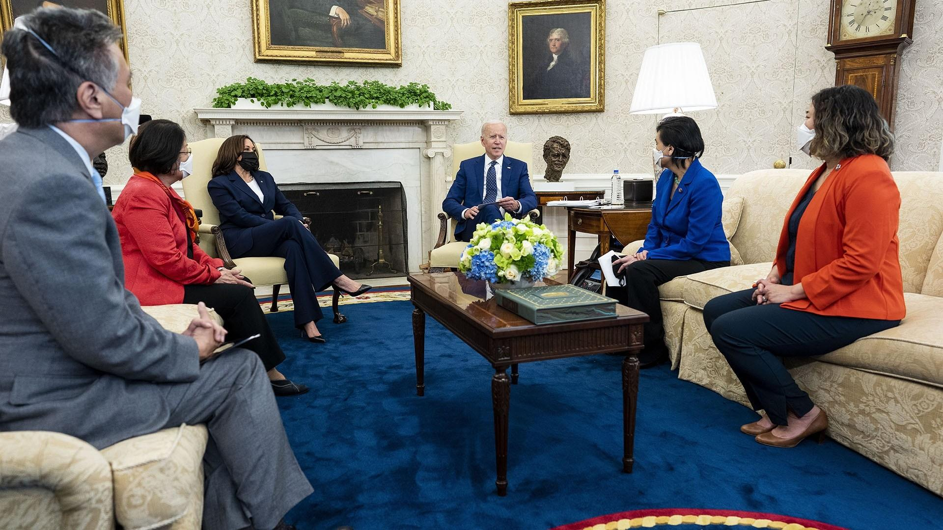 news.yahoo.com: Biden holds meeting with Congressional Asian Pacific American Caucus leadership