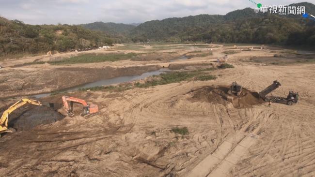 淤土方堆河床 民眾憂影響漁港航道