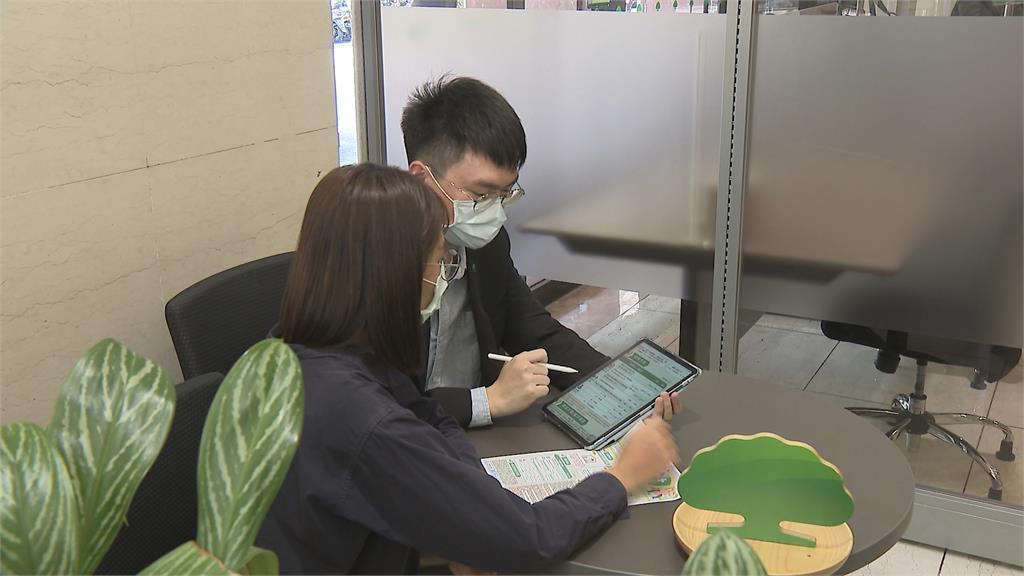 全國升至三級警戒 5防疫保單喊卡