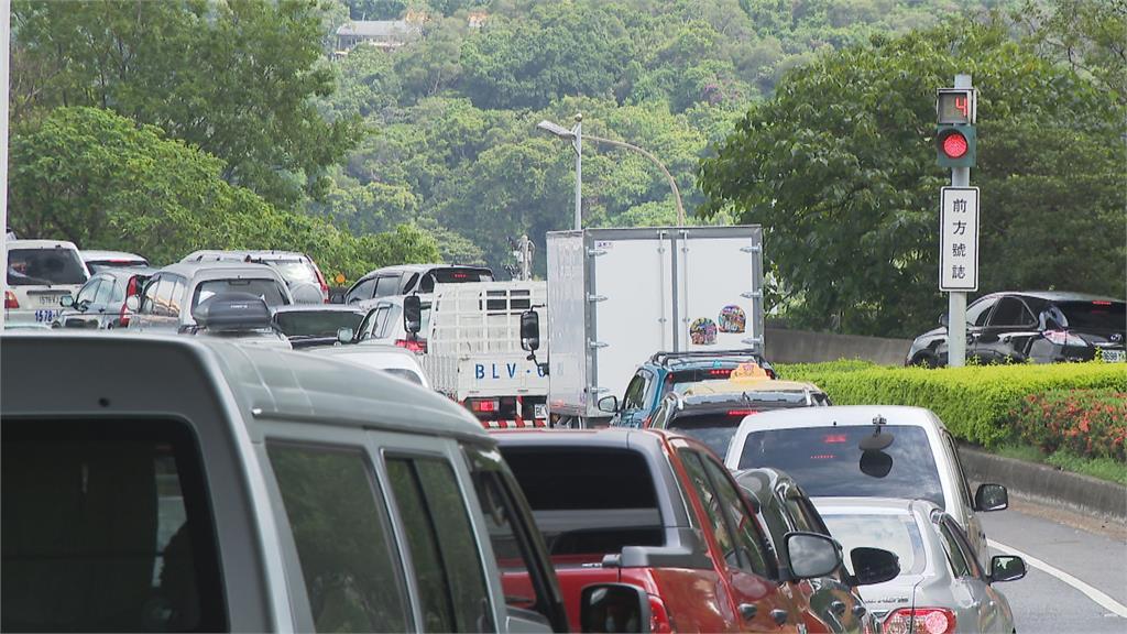 國道車流少56.6% 交部16:00起調整匝道儀控強度