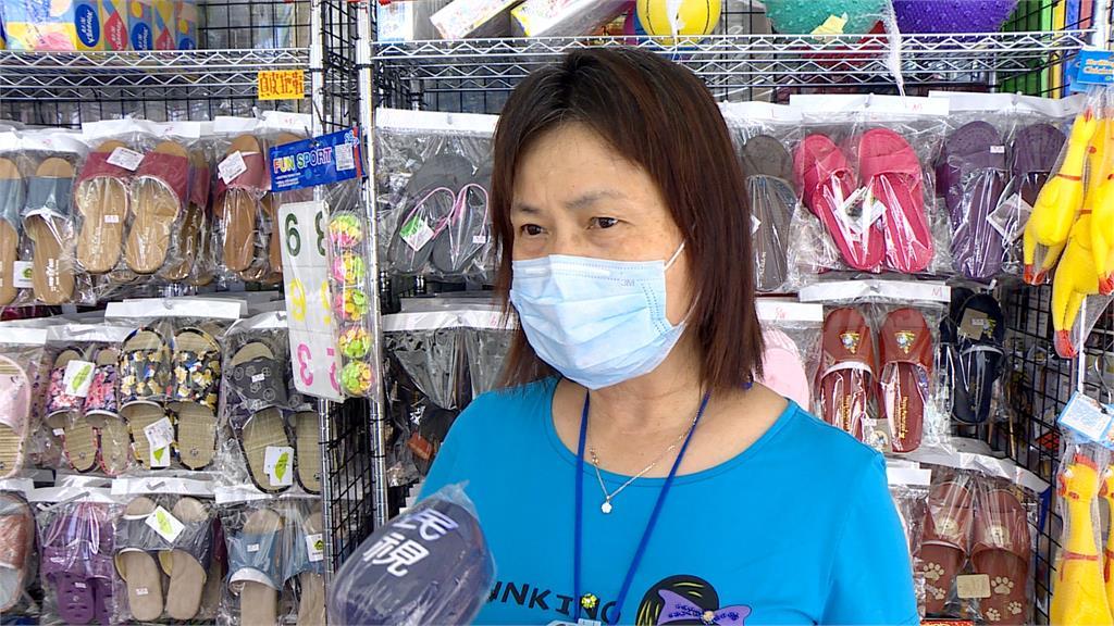 經濟部擬爭取 賣場收銀員優先打疫苗