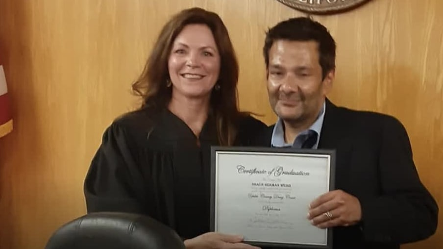'The Mighty Ducks' actor Shaun Weiss's criminal case dismissed after he graduates recovery program