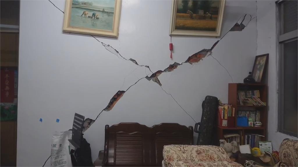 地震警報狂響! 花蓮晚間1個半小時連9震
