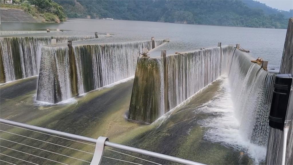 梅雨.颱風救援 鯉魚潭水庫挺過百年最慘乾旱