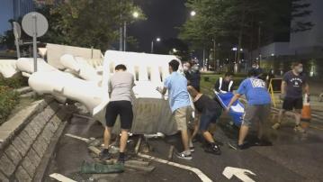 政總外水馬移除 李家超:香港回復安全穩定常態