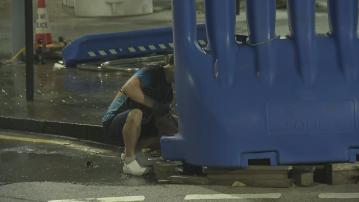 立法會外水馬拆除 李家超指港回復安全穩定