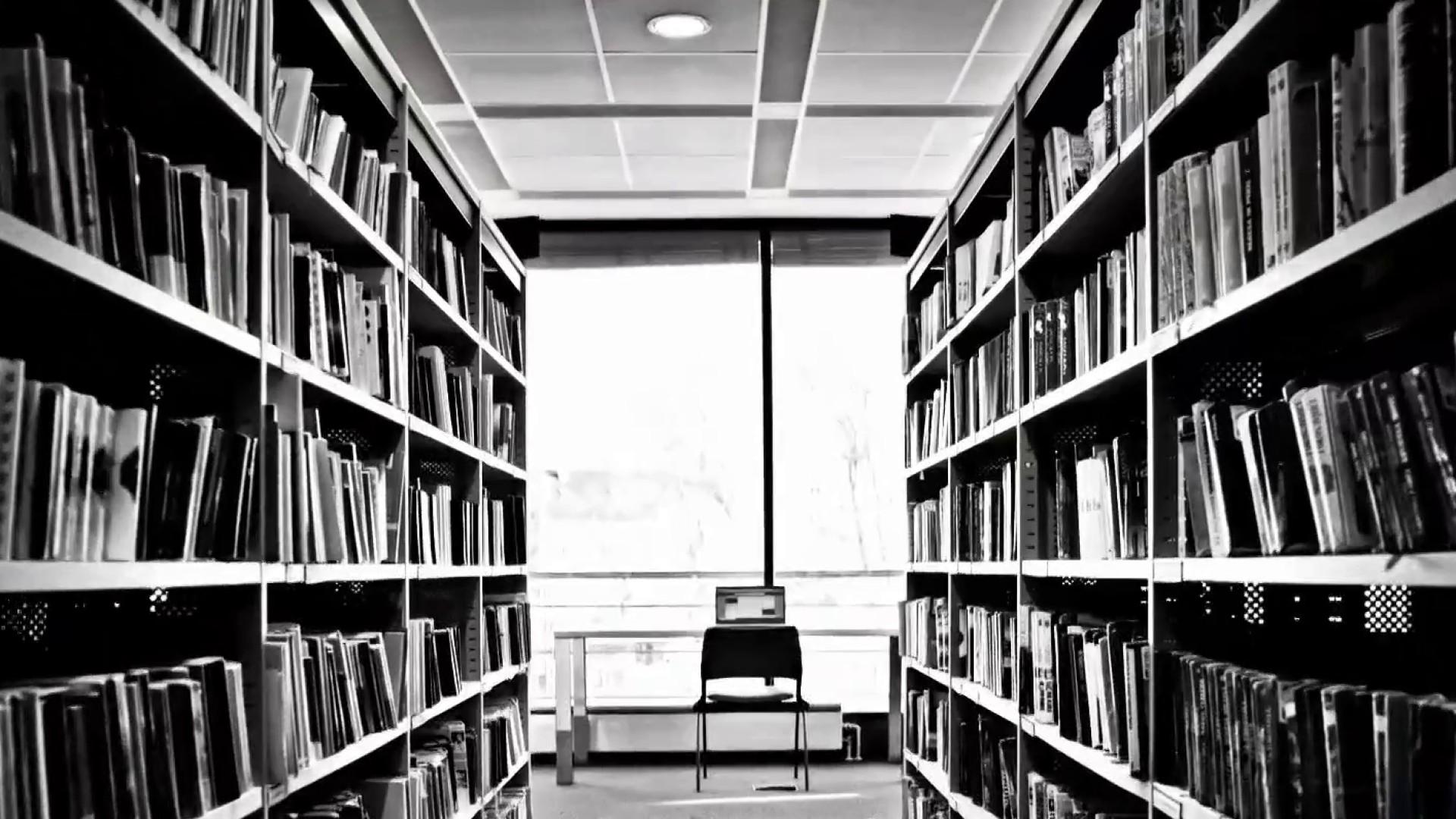 COSMO  Texas school leader tells teachers to balance Holocaust books with 'opposing' views