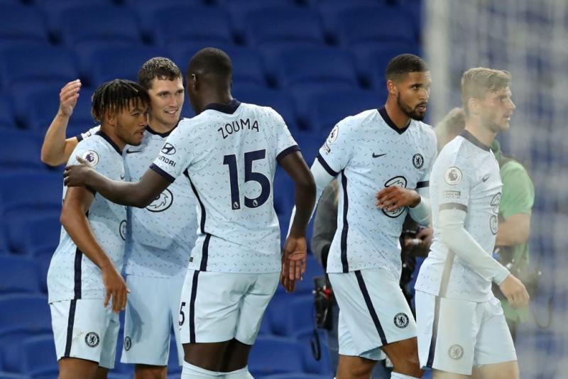 Chelsea vs Liverpool official line-ups: Team news ahead of Premier League fixture today