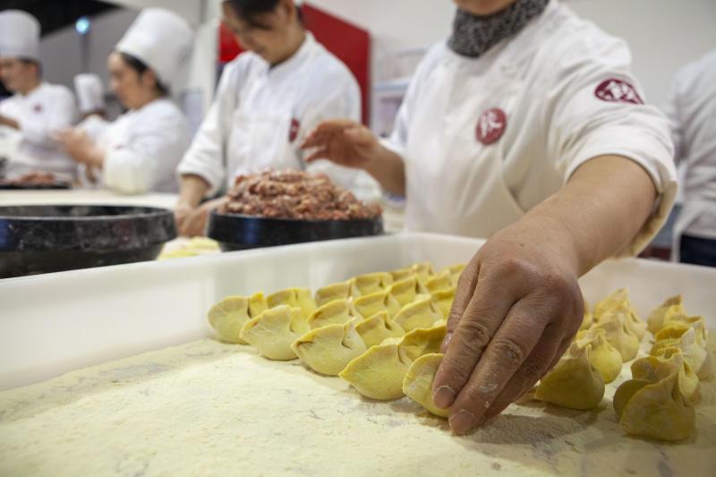 I consumi interni cinesi non subiscono la trade war