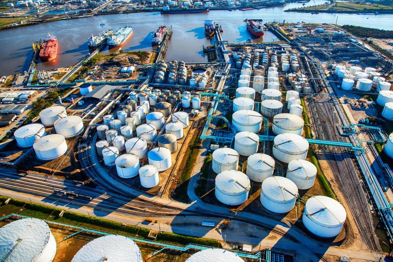 Petrolio, ecco chi rischia di più nella guerra dei prezzi