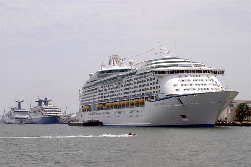 El puerto de Miami supera récord de 52.000 pasajeros de cruceros en un solo día