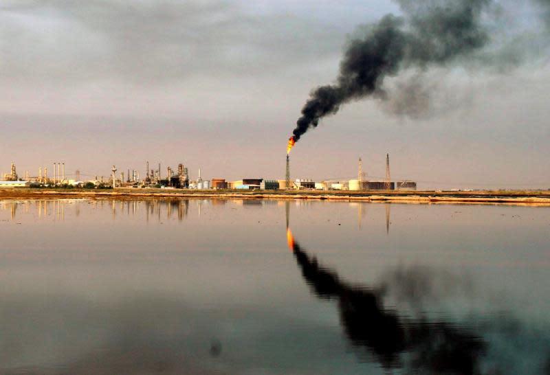 El petróleo Brent baja un 2,80 %, hasta los 60,03 dólares