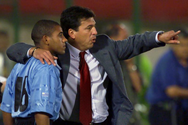 f2ce85a3a435a294bce7be606206b6c7 - Técnicos argentinos contra su país, la obsesión por ganar