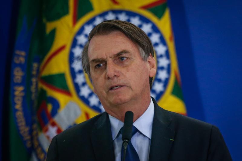 Protestas estudiantiles se suman a problemas de Bolsonaro