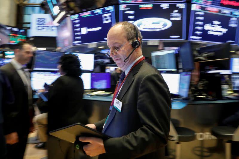 Borsa Usa, intorno a massimi storici su attesa accordo commerciale e trimestrali