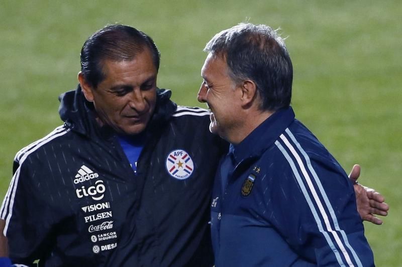 4f71be1195bd8e26442c2f5ae5251dbc - Técnicos argentinos contra su país, la obsesión por ganar