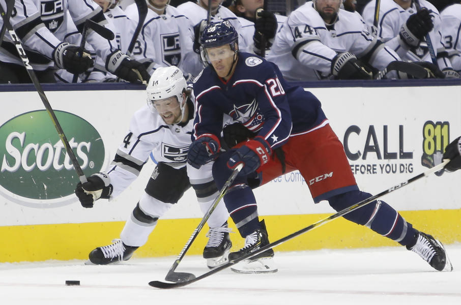26ea73608 Panarin scores twice to lift Blue Jackets over Kings 4-1